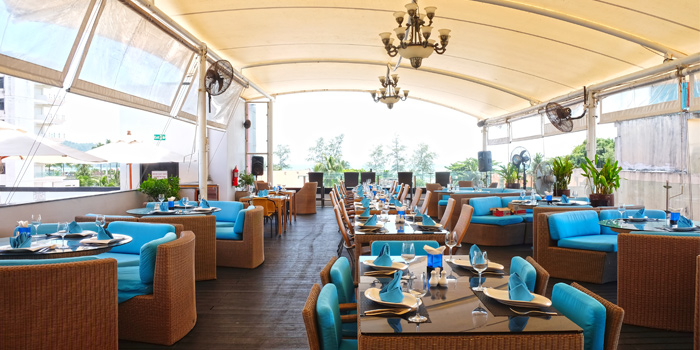 Restaurant-Atmosphere of Climax Poolside Bar & Grill in Patong, Phuket, Thailand.