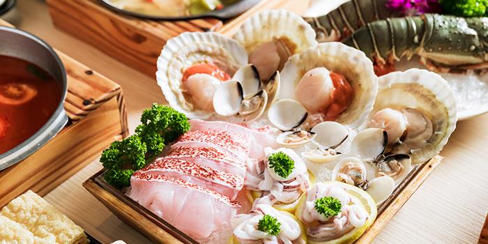Seafood Selection from City Hot Pot Shabu Shabu (Guoco Tower) in Tanjong Pagar, Singapore