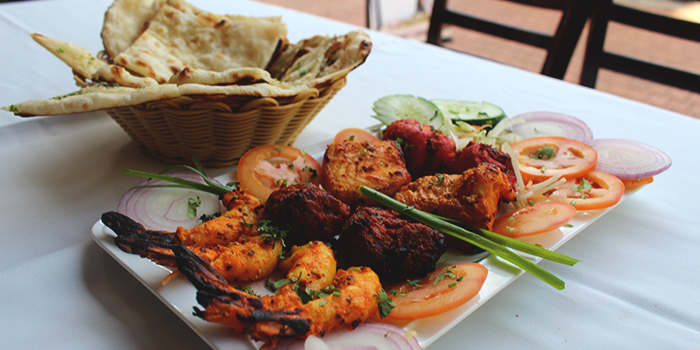 Tandoori Platter from Indian House (49 Boat Quay) in Boat Quay, Singapore