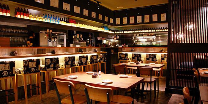 Interior of Shunjuu Izakaya at Riverside View in Robertson Quay, Singapore