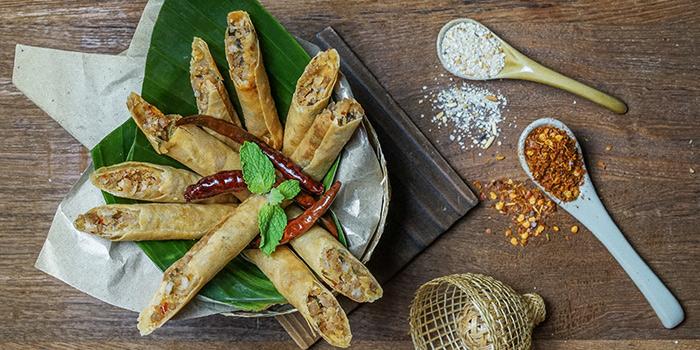 Crispy Spicy Minced Pork Sticks from Un-Yang-Kor-Dai in Boat Quay, Singapore