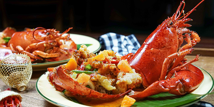 Stir Fried Lobster with Salted Egg from Un-Yang-Kor-Dai in Boat Quay, Singapore