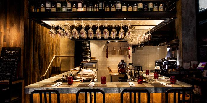 Bar Area, Scarlett Cafe & Wine Bar, Tsim Sha Tsui, Hong Kong
