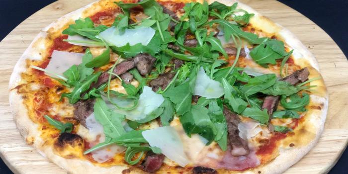 Wagyu Pizza from da Vinci Ristorante italiano at 4th Floor, Rembrandt Hotel 19 Sukhumvit Soi 18 Sukhumvit rd, Klong Toei Bangkok