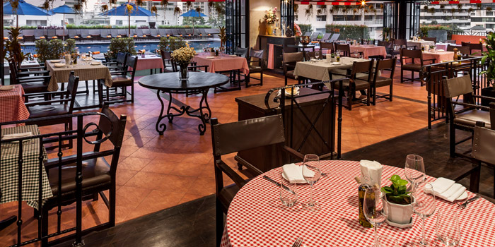 Ambience of da Vinci Ristorante italiano at 4th Floor, Rembrandt Hotel 19 Sukhumvit Soi 18 Sukhumvit rd, Klong Toei Bangkok