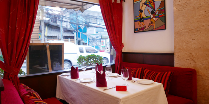 The Dining Table of JP French Restaurant at 59/1 Sukhumvit Rd., Soi 31 (Soi Sawasdee) Wattana, Klong Toey Bangkok