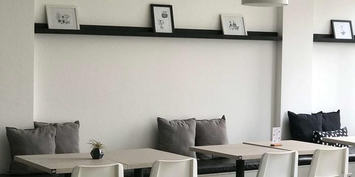 Interior 1 at Oiio Bistro