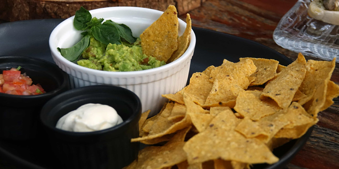 Nachos & Guacamole from Roots - Bangkok at K- Village, Bangkok