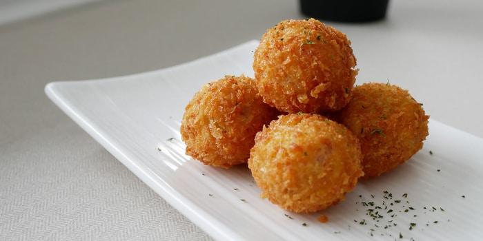 Mozzarella Beef Ball at Oiio Bistro