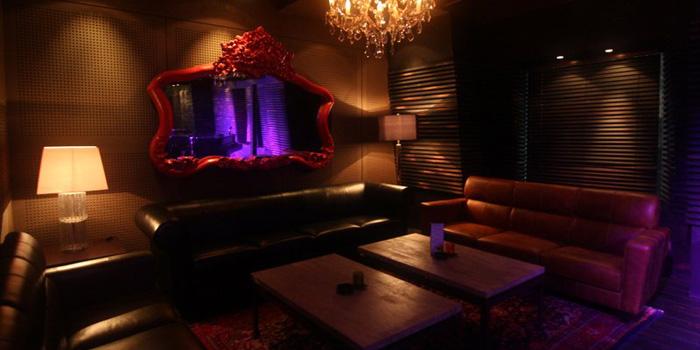 Interior 1 at ARTOZ Bar, SCBD