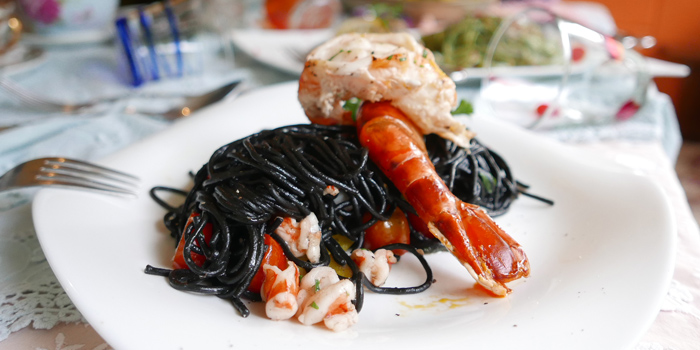 Spaghetti Squid Ink from Per Te at 70-72 Lungsuan alley,  Ploenchit, Lumphini Pathumwan, Bangkok