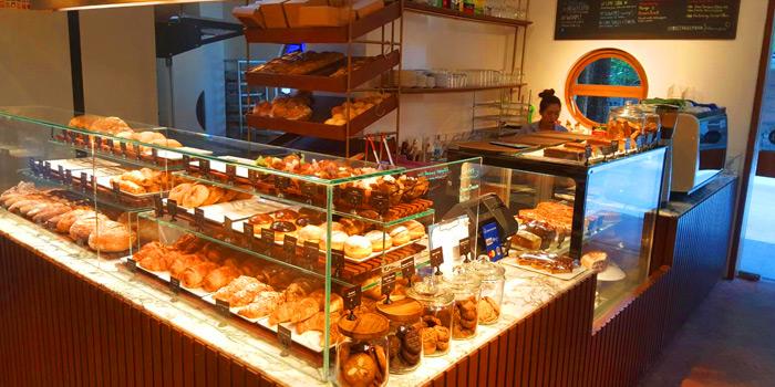 Ambience of Holey Artisan Bakery at 245/12 Soi Sukhumvit 31 Klongton Nua, Wattana Bangkok