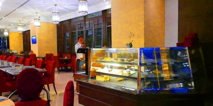 Ambience of Thai Thai by Mesamis Cafe at Grande Centre Point Hotel Soi Mahat Lek Luang 1, Ratchadamri Road Bangkok