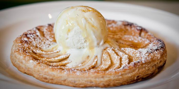 Apple Pie, Saint Germain, Happy Valley, Honng Kong