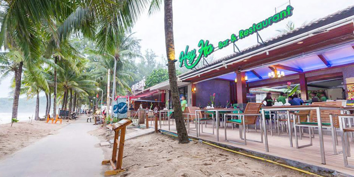 Restaurant-Atmosphere of Heyha Bar & Restaurant in Kamala, Phuket, Thailand