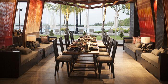 Double Ikat Restaurant (Renaissance Bali Uluwatu Resort & Spa)