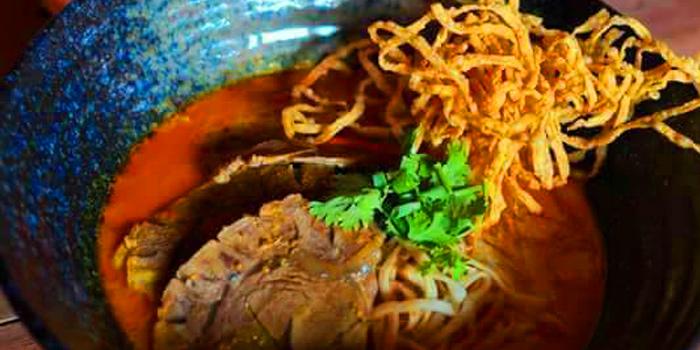 Khao Soi from Eats Payao at 5/4 Yen Akat Rd Khwaeng Chong Nonsi, Khet Yan Nawa Bangkok