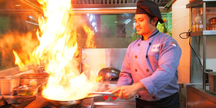 Kitchen Area from Kebabs & Kurries Restaurant at 265/2 Soi Sukhumvit 31 Khlong Toei Nuea, Khet Watthana Bangkok