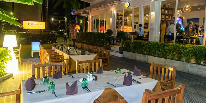 Atmosphere of Leo & Mas Ristorante Italiano E Pizzeria in Patong, Phuket, Thailand.