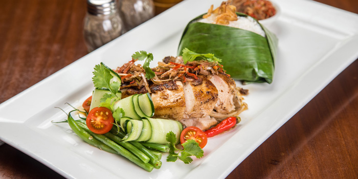 Roasted Chicken Kecombrang at VIN+, Central Park