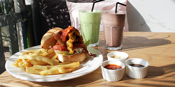 Soft Shell Crab Burger with Fries from Canine Cafe in Thomson, Singapore