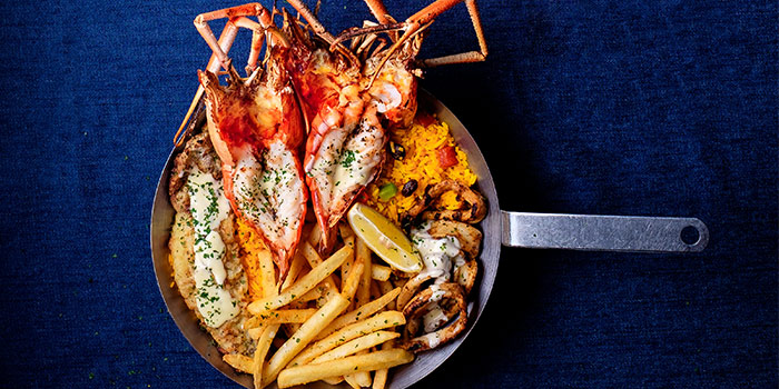 Seafood Platter for 1 from Fish & Co. (Changi Airport T2) in Changi, Singapore