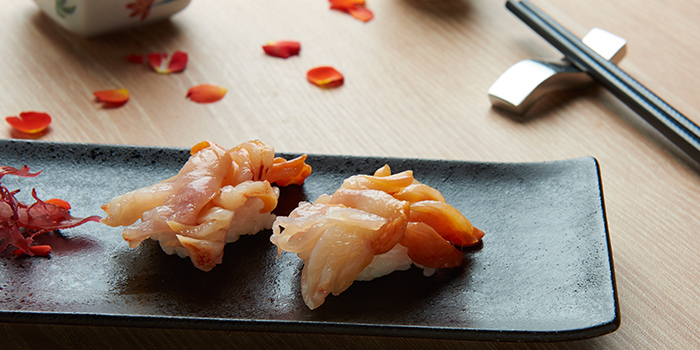 Akagai Sushi from Hokkai Villa in Telok Ayer, Singapore