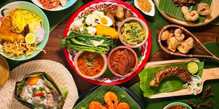 Selection of Food from Eats Payao at 5/4 Yen Akat Rd Khwaeng Chong Nonsi, Khet Yan Nawa Bangkok