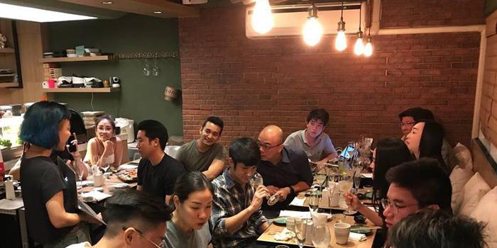 Ambience of Fatboy Sushi at 35/7 Soi Yommarad Saladeang,Silom Bangkok