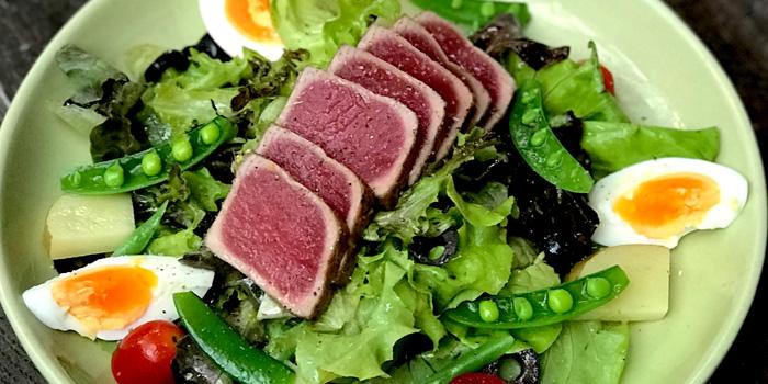 Nicoise Salad from Lola by Cocotte at 39 Ekkamai Alley soi 12 Khlong Tan Nua, Wattana Bangkok