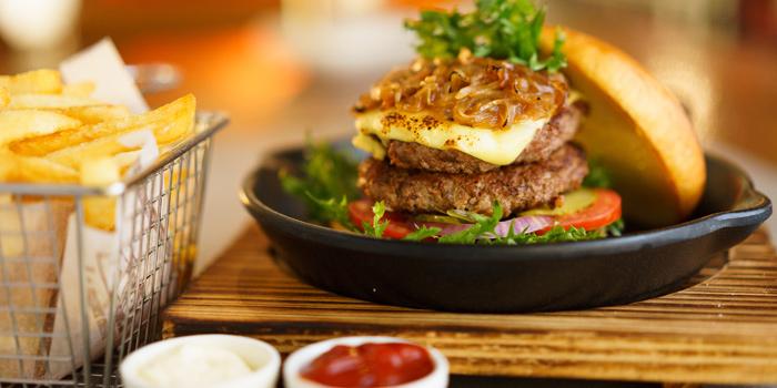 PH Burger from Party House One at Siam@Siam Design Hotel Bangkok 865 Rama 1 Road Wang Mai, Patumwan Bangkok