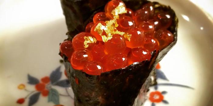 Salmon Roll from Fatboy Sushi at 35/7 Soi Yommarad Saladeang,Silom Bangkok