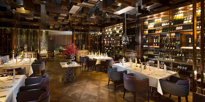Ambience of Scalini at Hilton Sukhumvit Hotel, on Sukumvit Soi 24