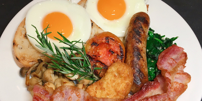 Big Breakfast from Jones the Grocer The EmQuartier 693,695 Sukhumvit Road Klong Ton Nua, Wattana Bangkok