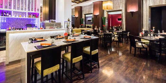Dining Area of Basil at Sheraton Grande Hotel, Bangkok