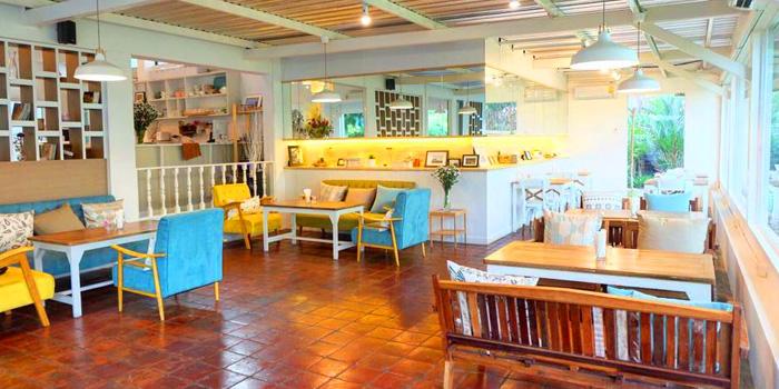 Dining Area of Sansumran at 185/3 Soi Sukhumvit 31(Sawasdee)  Klong Tan Nuea, Wattana Bangkok