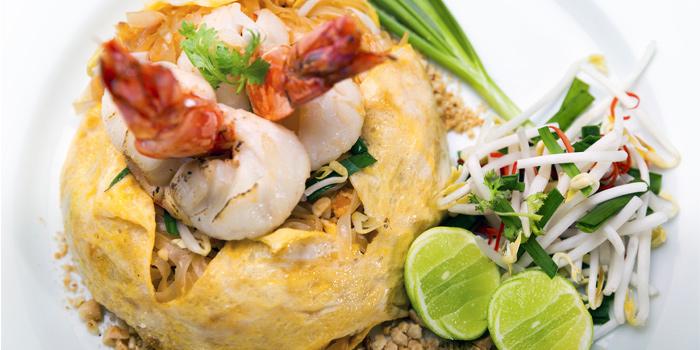 Pad Thai from Pad Thai Restaurant in Surin Beach, Phuket, Thailand
