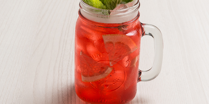 Raspberry Grapefruit Iced Tea from Bonchon (Boat Quay) in Boat Quay, Singapore