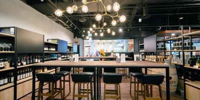 Interior of Morettino Italian Café & Bistro at 100 AM in Tanjong Pagar, Singapore