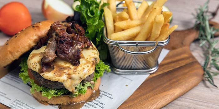Beef Burger from Piatto Bistro Bar in Newton, Singapore