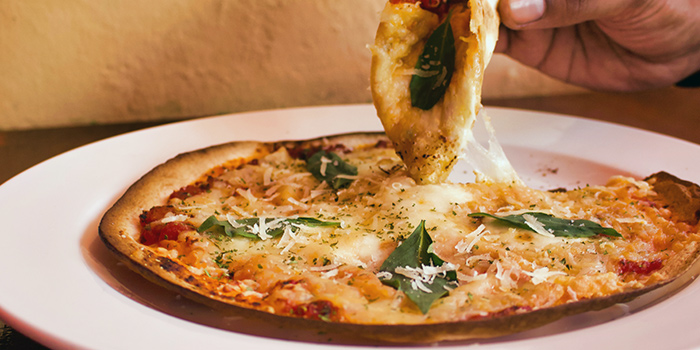 Margerita Pizza from The Public House in Boat Quay, Singapore