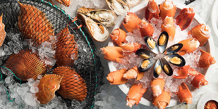 Fresh Seafood from Seasonal Tastes in Marina Bay, Singapore