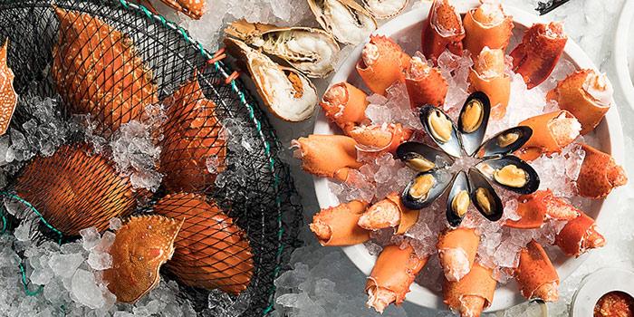 Fresh Seafood from Seasonal Tastes in Marina Bay, Singapore