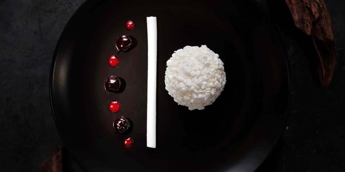 Traditional White Chocolate, Nicholini
