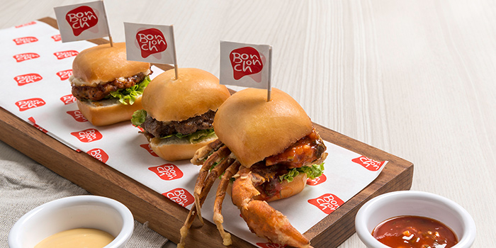 Trio Sliders (Chilli Crab, Beef and Chicken) afrom Bonchon (Boat Quay) in Boat Quay, Singapore