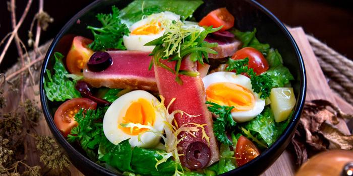 Tuna Salad from BarSu Cafe at Sheraton Grande Hotel, Bangkok
