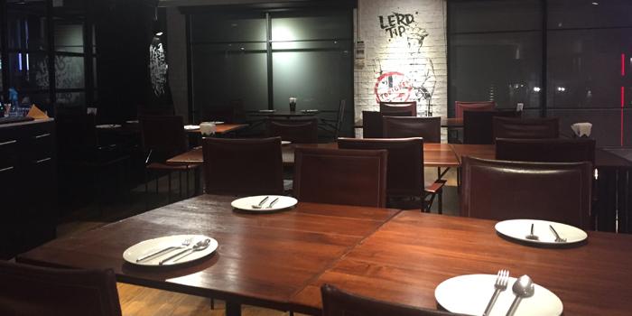 The Dining Room of Lerdtip Thonglor by Chef Gigg at 85 Sukhumvit Rd., Khlong Tan Nuea Watthana, Bangkok