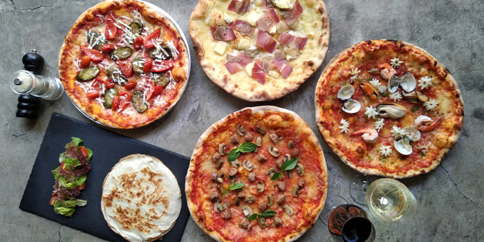 Pizza Selection from Blend Bistro & Wine Bar Asoke at Somerset Asoke Maison No.84 Sukhumvit Soi 23 Bangkok