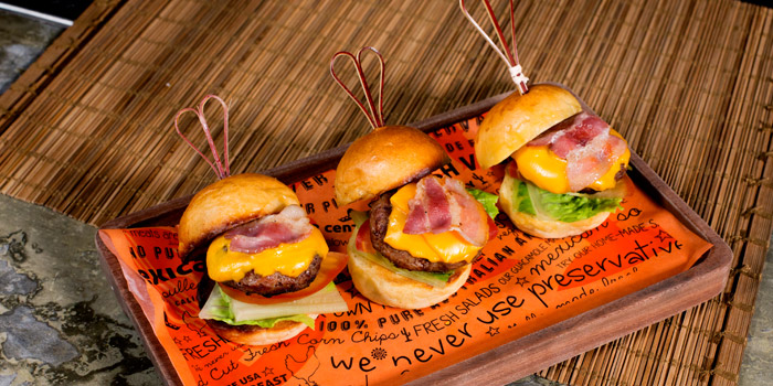 Sliders from Cali-Mex Bar and Grill at Holiday Inn Sukhumvit Hotel Ground Floor, 999/34, Sukhumvit Rd. Khlong Tan, Khlong Toei Bangkok