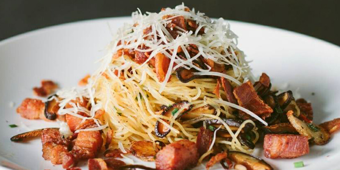 Angel Hair Olio Mushroom & Bacon from White Shuffle at 251/1 Seenspace Thong Lo 13 Alley Khlong Tan Nuea, Watthana Bangkok